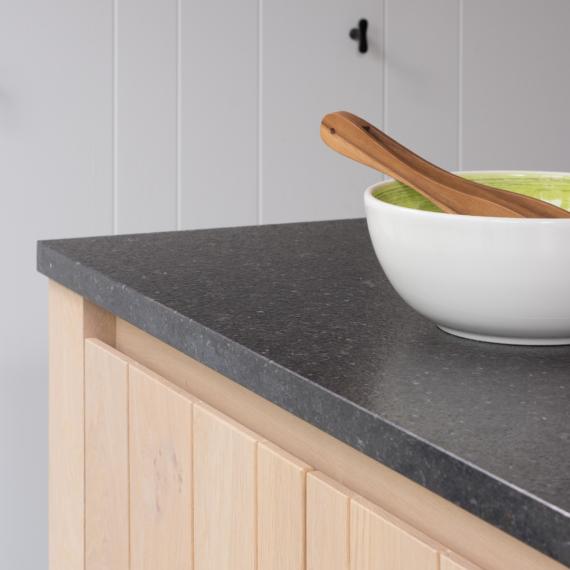 Keuken renovatie - zwart werkblad